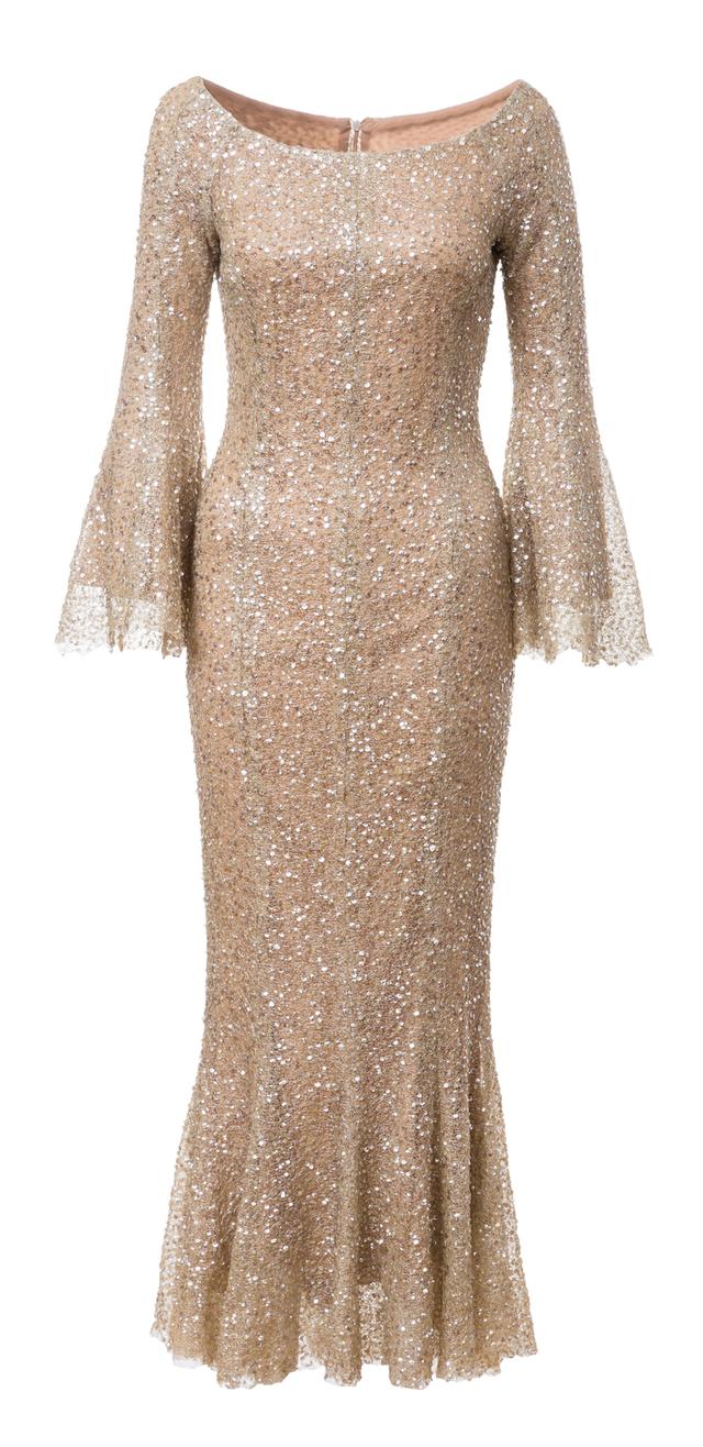 zdobené šaty