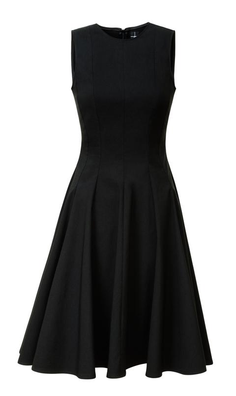 604a4f705f31 hedvábné šaty