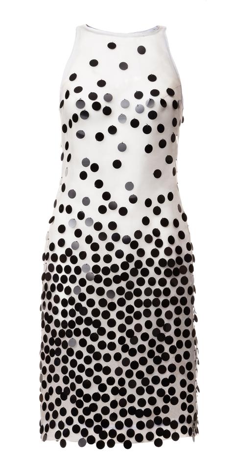 šaty s flitry