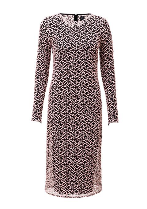 šaty z vyšívaného tylu s dlouhým rukávem