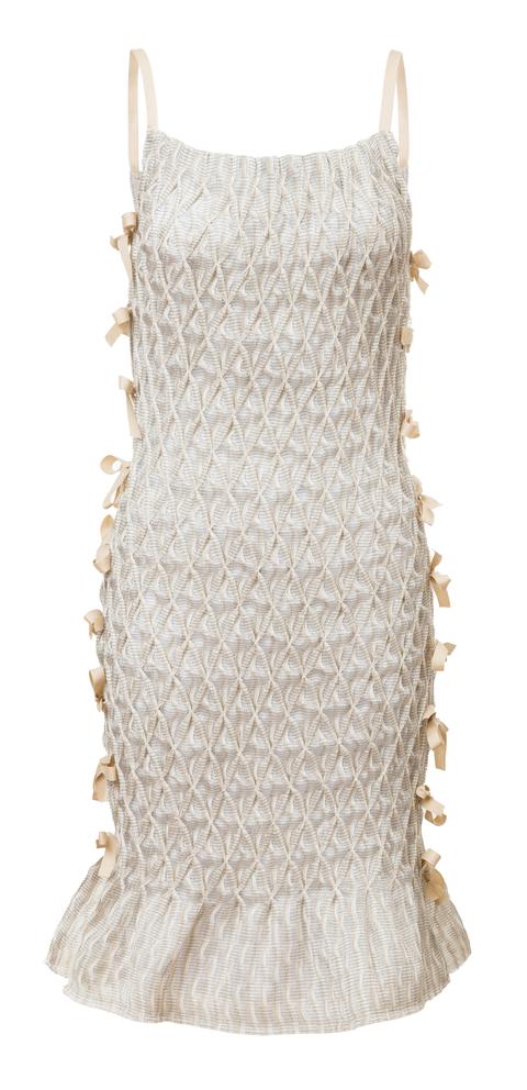 žabičkované šaty